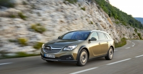 Тест-драйв Opel Insignia Country Tourer